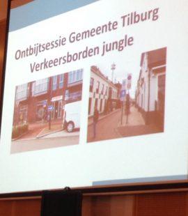 Ronnico geeft presentatie over verkeersborden voor gemeente Tilburg